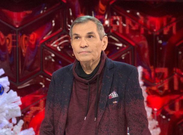 Бари Алибасов отдал 5 миллионов рублей аферистам