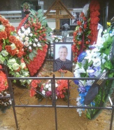 Екатерина Белоцерковская показала могилу мужа спустя три месяца после похорон