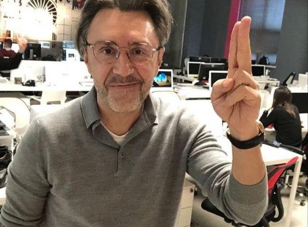 Сергей Шнуров считает Бузову успешной артисткой