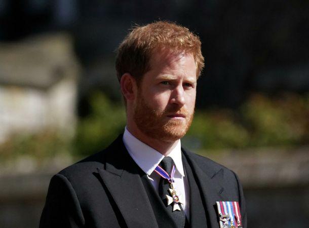 Принц Гарри замечен в Калифорнии после возвращения к беременной жене