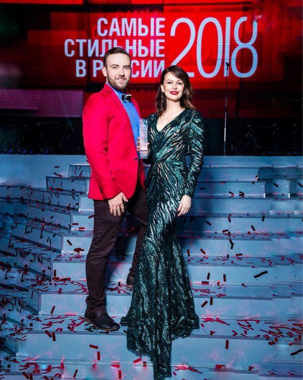 Ирина Безрукова рассказала, кем ей приходится привлекательный спутник
