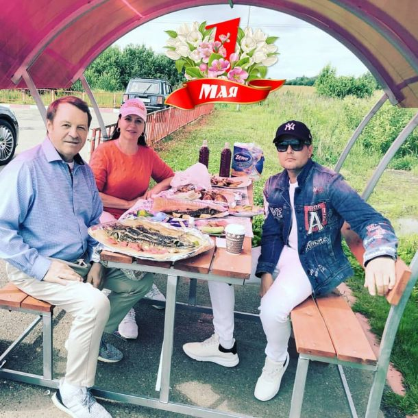 Николай Басков засветился на первомайских шашлыках