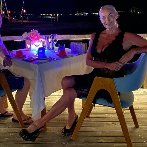Анастасия Волочкова пообещала показать лицо нового жениха