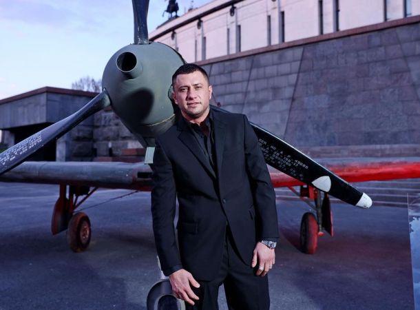 Друг Павла Прилучного прокомментировал его лишний вес