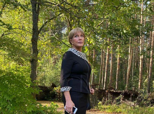 Елена Проклова продала квартиру из-за долгов