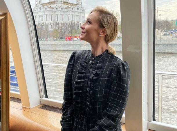 Полина Гагарина готовится к переезду в новенький особняк