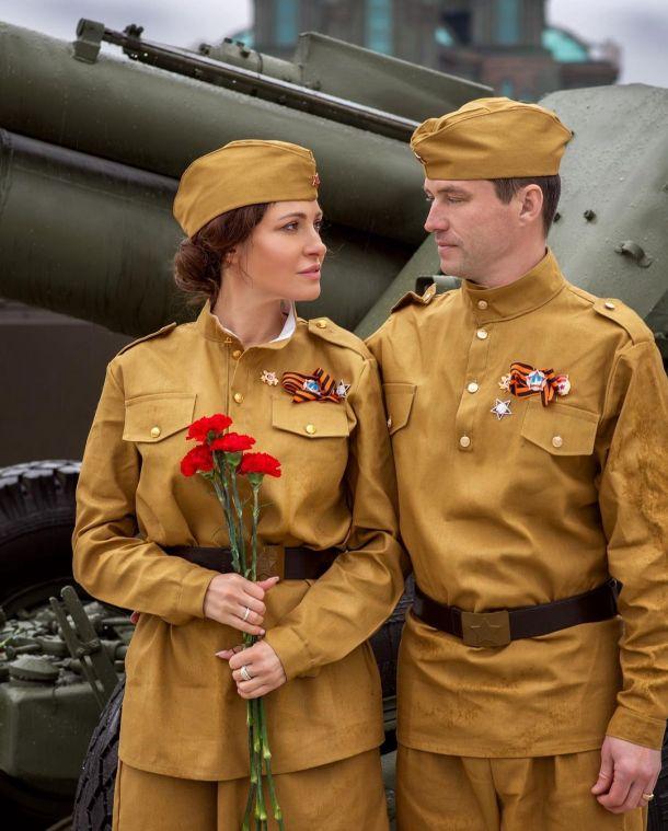 Анастасия Макеева и её жених устроили военную фотосессию