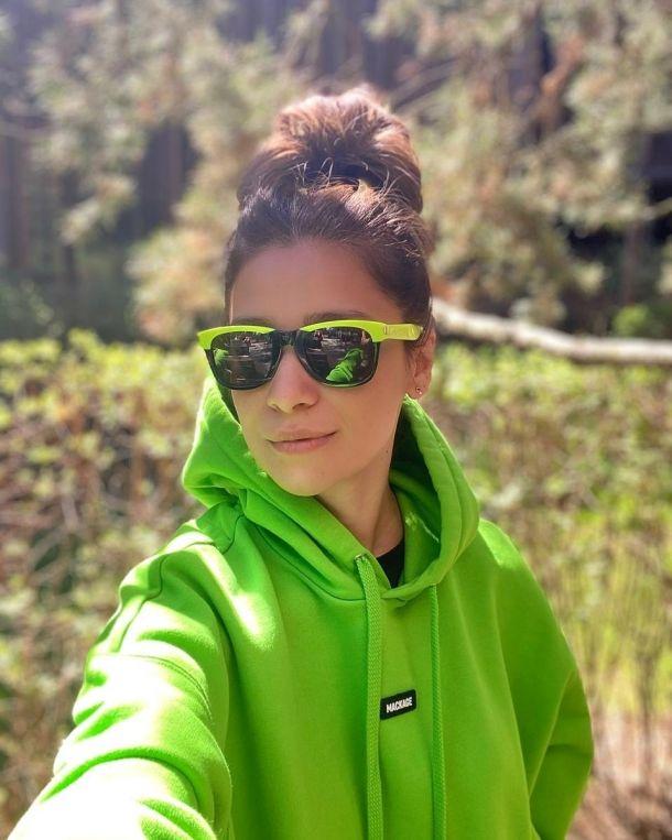 Равшана Куркова «оторвалась» в сауне с подругами