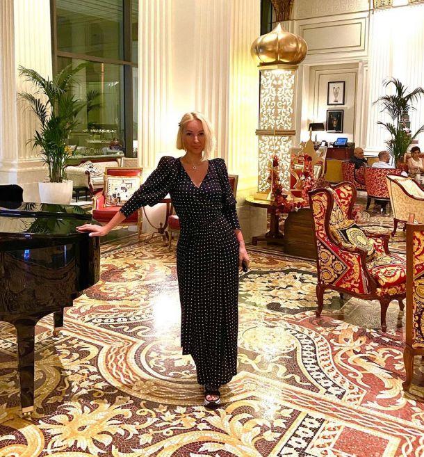 Лера Кудрявцева продемонстрировала сильно располневшую фигуру в Дубае