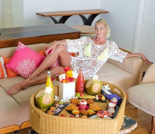 Анастасия Волочкова традиционно попрощалась с Мальдивами