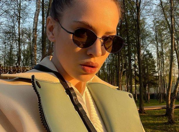 Саша Артемова подает на развод с Евгением Кузиным