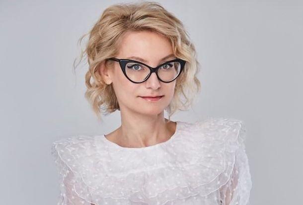 Эвелина Хромченко показала, как можно сделать модной старую куртку