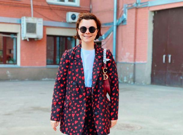 Татьяна Брухунова примерила наряд, в котором чувствует себя обнаженной