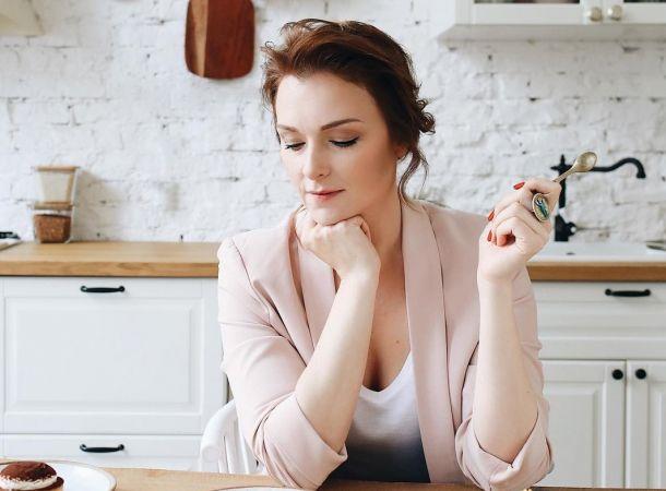 "Актриса из ""Молодежки"" Светлана Антонова родила четвертого ребенка"