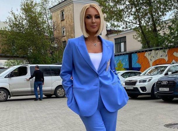 Лера Кудрявцева показала, как выглядит ее мама после перенесенного инсульта