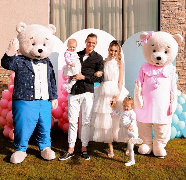 Анастасия Костенко и Дмитрий Тарасов рассекретили пол будущего ребенка