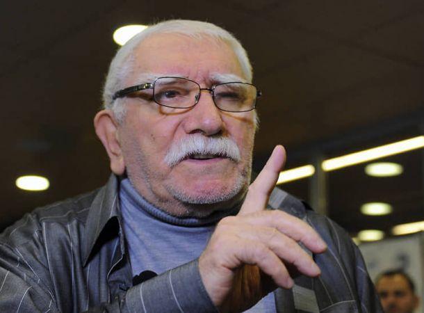 Друг Армена Джигарханяна объяснил плохое состояние его могилы