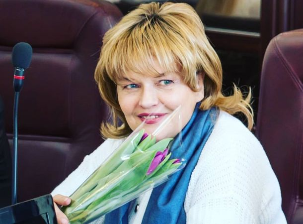 Изменившаяся Александра Яковлева появилась на шоу Андрея Малахова