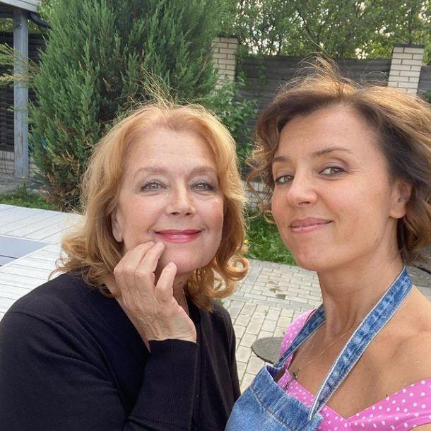 Ксения Алферова поделилась редким снимком с 70-летней матерью
