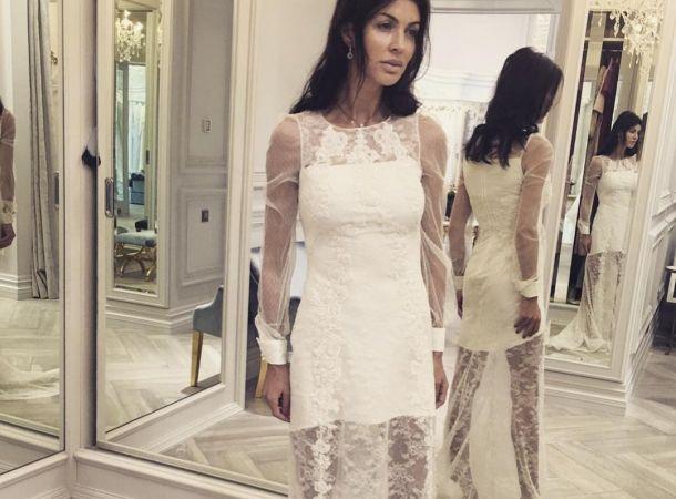 Тяжело больная Алиса Казьмина поделилась воспоминаниями о свадьбе