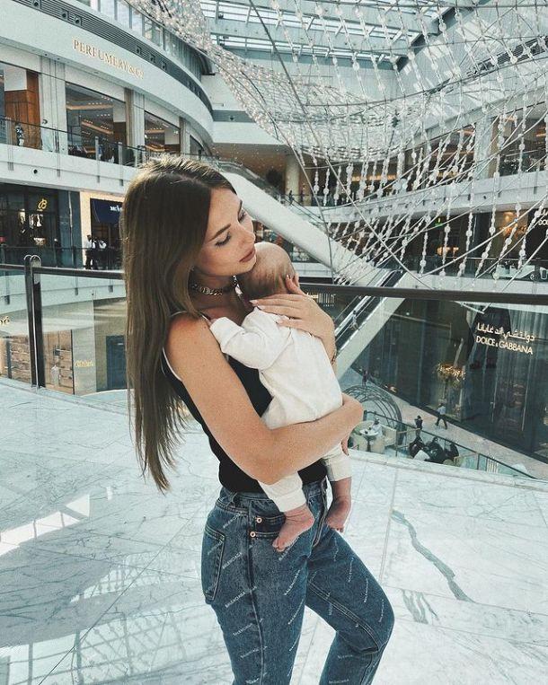 Невестка Валерии поделилась трогательным видео с дочерью