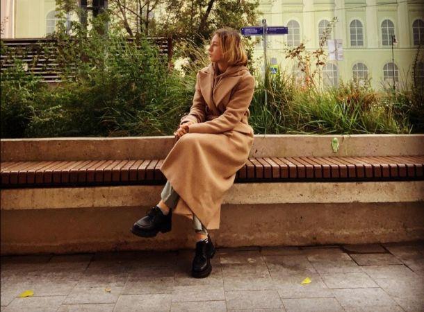 Несовершеннолетняя дочь Анастасии Волочковой предстала в откровенном платье
