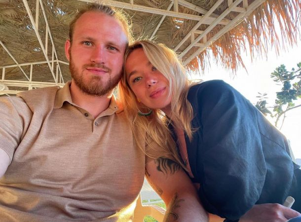 Иван Телегин и его невеста наслаждаются отпуском на Кипре в преддверии свадьбы