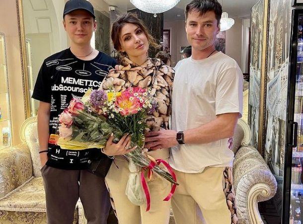 Анастасия Макеева отреагировала на нападки со стороны бывшей жены своего мужа
