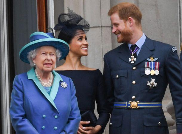 Королева Елизавета готовит мощные санкции в отношении Меган и Гарри