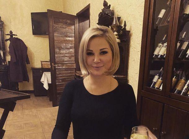 Мария Максакова установила контакт с потусторонними силами в московской квартире