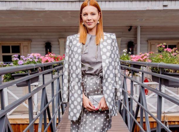 Дважды мама Наталья Подольская засветила сочную грудь в миниатюрном бикини