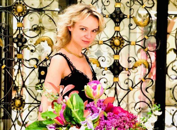 Виталина Цымбалюк-Романовская показала родителей в честь юбилея отца