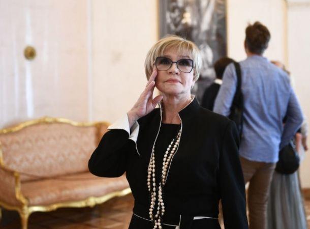 Вера Алентова может пропустить похороны Владимира Меньшова