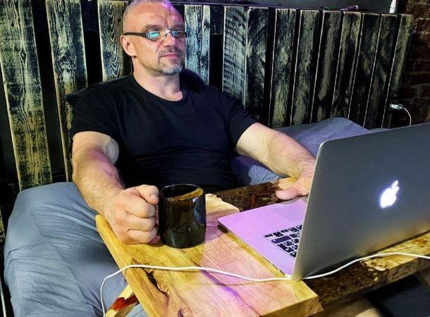 """""""Экстрасенсов нет"""": Владимир Епифанцев назвал ясновидящих самозванцами"""