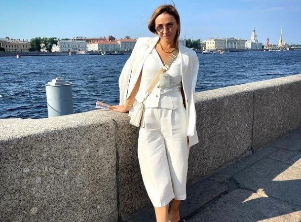 Татьяна Навка удивила поклонников полуобнаженным снимком