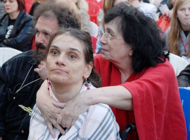 Вдова Алексея Баталова вспылила из-за обвинений невестки Натальи Дрожжиной