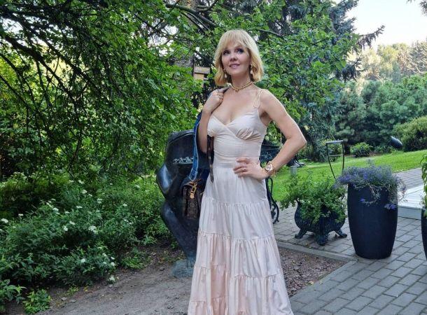 Арсений Шульгин трогательно сыграл на фортепиано для полугодовалой дочки