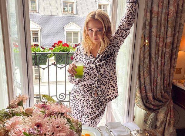 Яна Рудковская скрыла от сына, что его брат был рожден суррогатной матерью