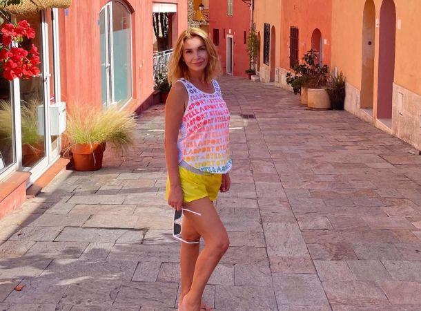 Ольга Орлова показала неестественную фигуру в бикини